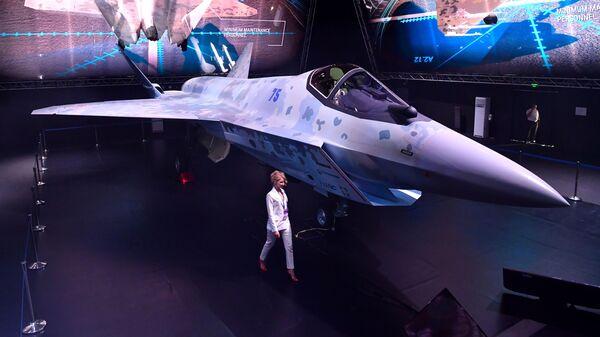 Презентация нового военного самолета Checkmate  - Sputnik Italia