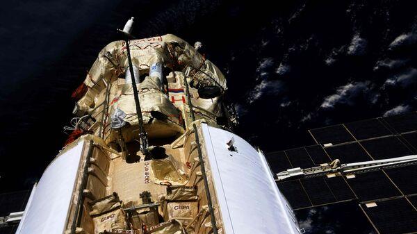 Модуль Наука пристыковался к МКС - Sputnik Italia