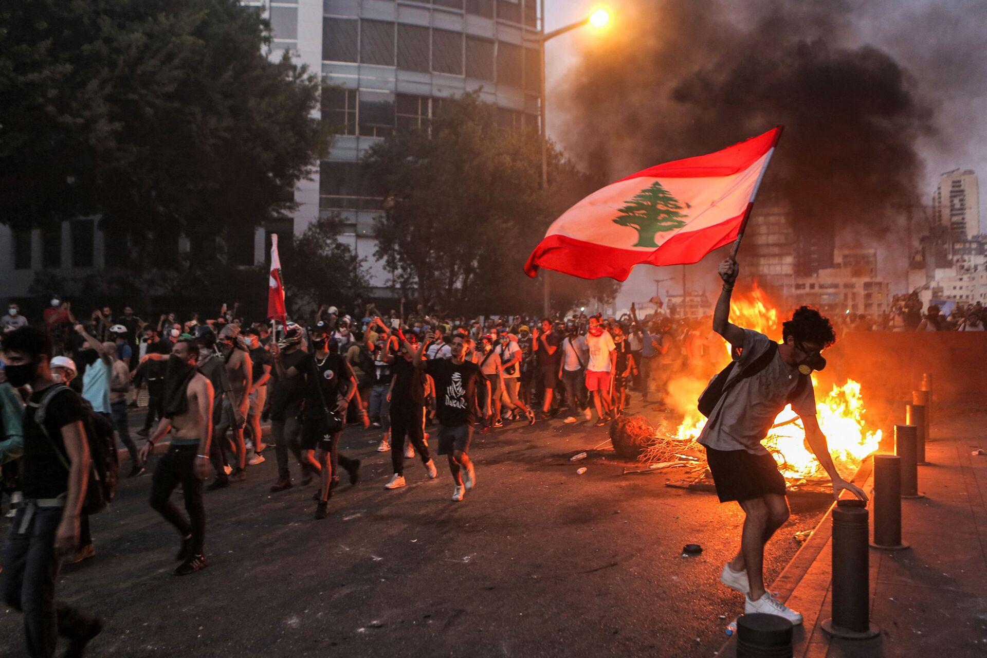 Proteste in Libano nel primo anniversario dell'esplosione - Sputnik Italia, 1920, 16.08.2021