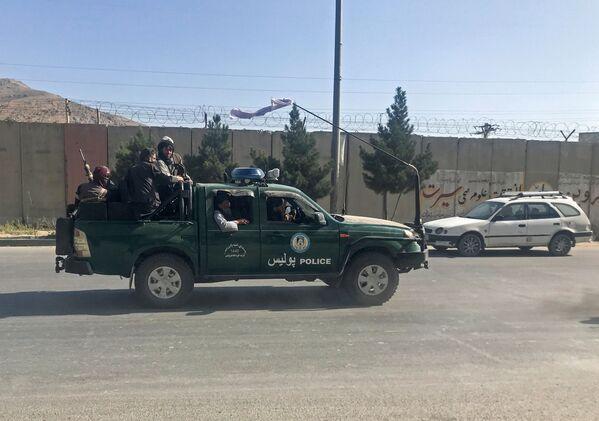 I talebani sono entrati a Kabul domenica, dopo un'offensiva durata settimane e che li aveva portati a conquistare tutti i maggiori centri del Paese. - Sputnik Italia
