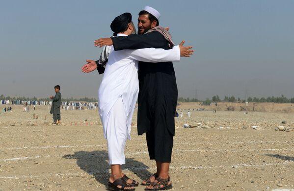 """I talebani non vogliono più avere """"nemici esterni o interni"""", perché l'obiettivo è che """"l'Afghanistan non sia più un campo di battaglia"""". - Sputnik Italia"""