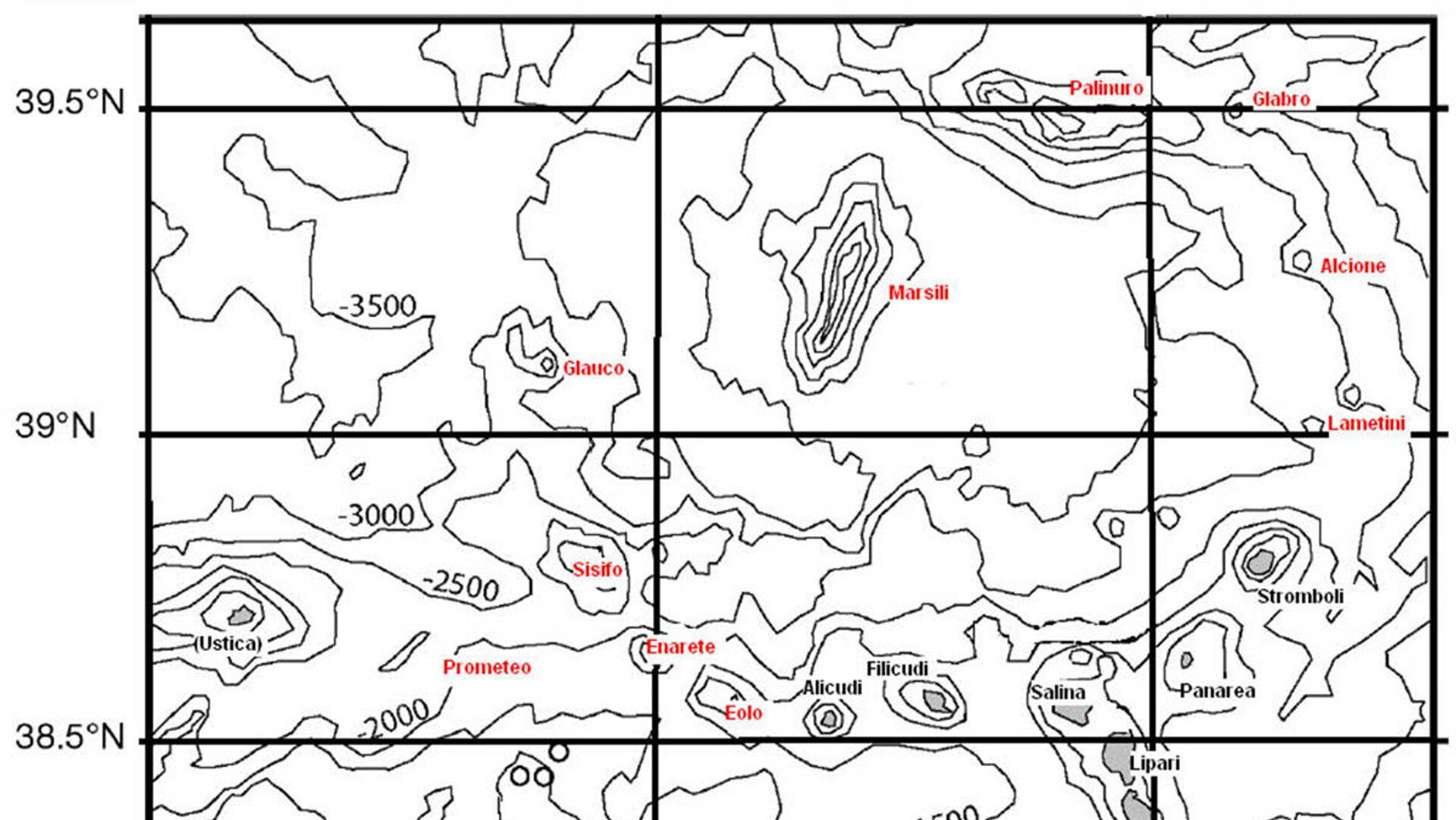 Il Marsili, un vulcano sottomarino localizzato nel Tirreno meridionale e appartenente all'arco insulare Eoliano - Sputnik Italia, 1920, 14.10.2021