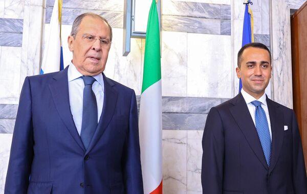 """Il Ministro Di Maio ha confermato che l'Italia sta pianificando un summit ad hoc sull'Afghanistan. Ha aggiunto che conta sulla """"collaborazione"""" della Russia. - Sputnik Italia"""