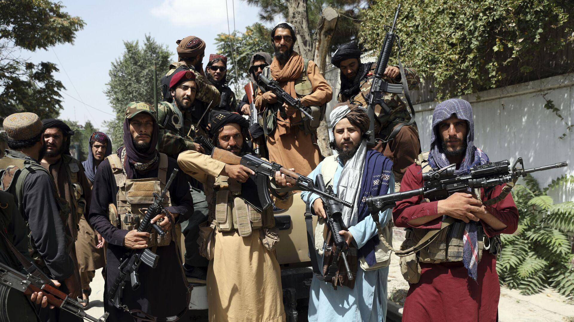 I membri dei talebani* a Kabul - Sputnik Italia, 1920, 16.09.2021