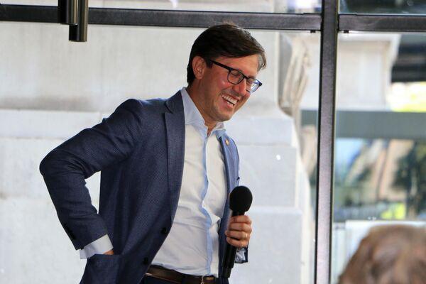 Il sindaco di Firenze Dario Nardella tiene una conferenza stampa - Sputnik Italia