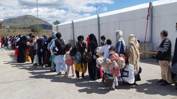 Лагерь для афганских беженцев в итальянском городе Авеццано - Sputnik Italia