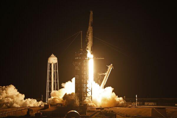 Gli aspetti tecnici del volo saranno controllati dal controllo missione SpaceX a Hawthorne, in California, e l'obiettivo principale dell'equipaggio sarà quello di monitorare i sistemi di bordo. - Sputnik Italia