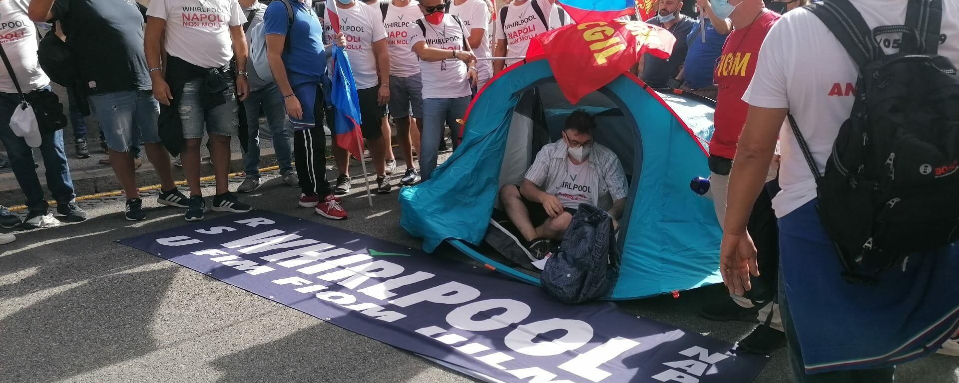 Lavoratori Whirlpool di Napoli protestano a Roma, giovedì 16 settembre 2021 - Sputnik Italia, 1920, 16.09.2021