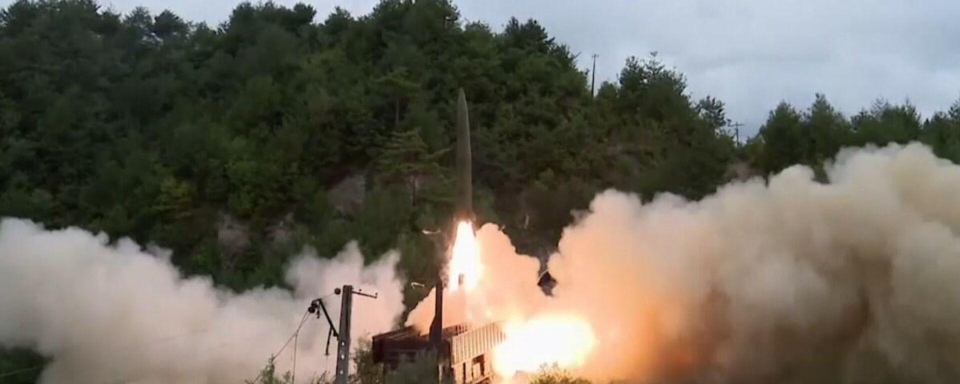 Corea del Nord: lanciati con successo missili balistici da un treno - Sputnik Italia, 1920, 16.09.2021