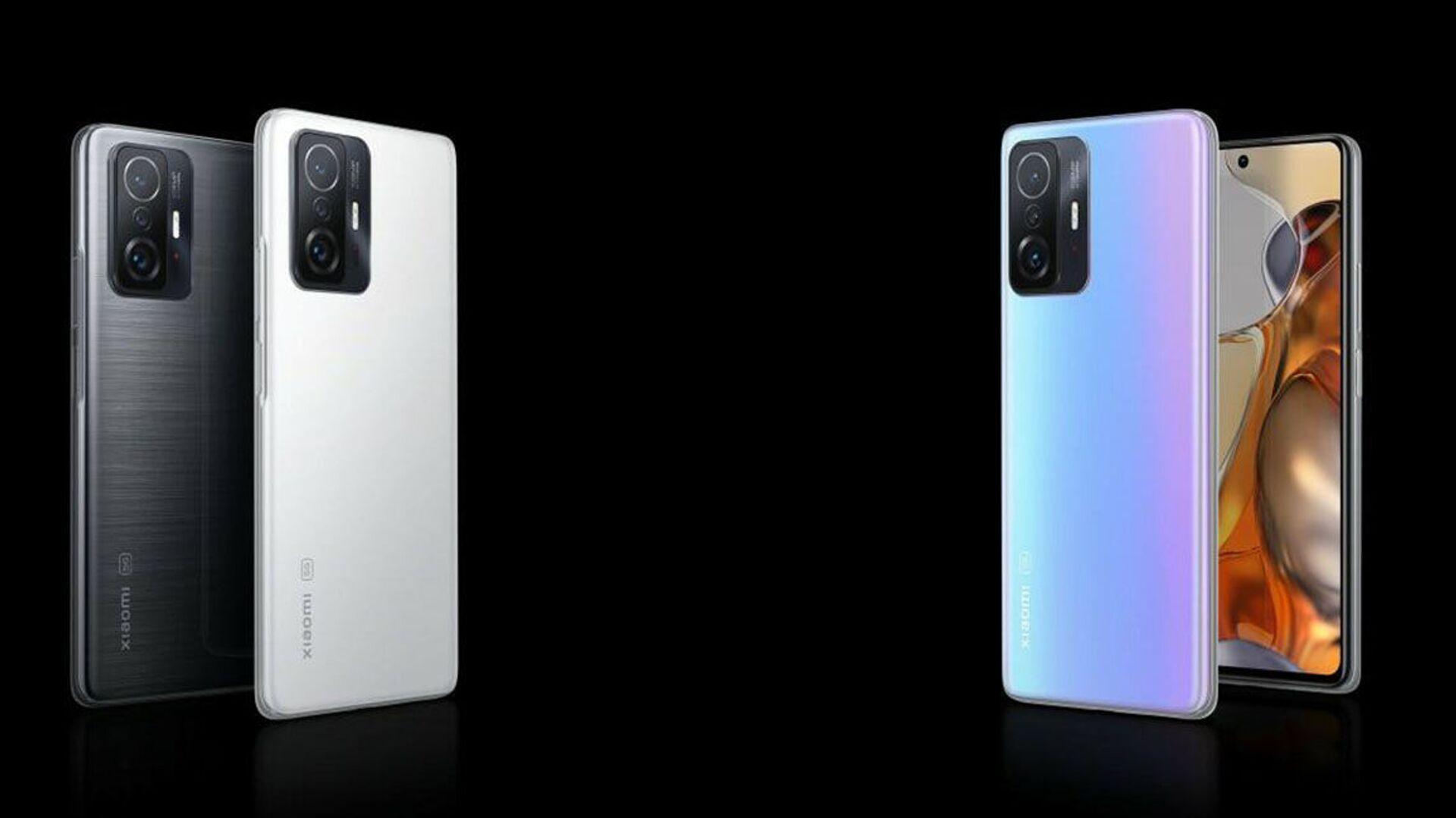 Gli smartphone Xiaomi 11T Pro - Sputnik Italia, 1920, 18.09.2021
