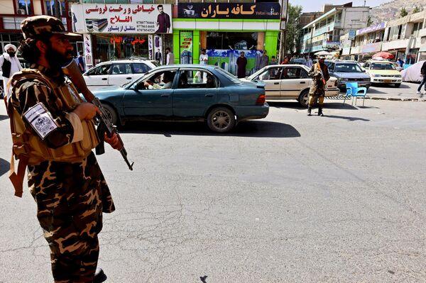 Posto di blocco talebano a Kabul  - Sputnik Italia