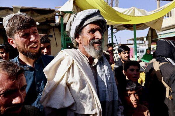 Anziano pro-talebani a Maidan Shar, capoluogo della provincia di Wardak - Sputnik Italia