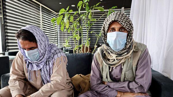 Imtiaz e Jawid, traduttori che hanno lavorato con gli italiani e non sono riusciti a raggiungere l'aeroporto - Sputnik Italia