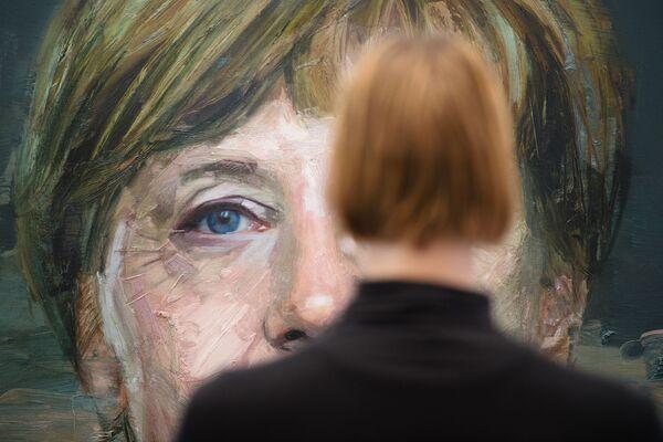 L'opera d'arte, intitolata 'Ritratto di Angela Merkel', di Colin Davidson alla London Art Fair, nel nord di Londra - 19 gennaio 2016. - Sputnik Italia