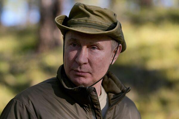 Le vacanze di Putin in taiga, settembre 2021 - Sputnik Italia