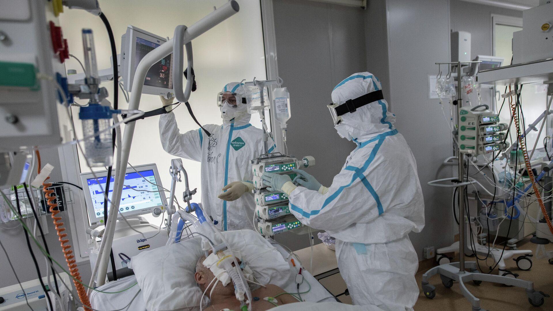 Paziente in terapia intensiva - Sputnik Italia, 1920, 30.09.2021