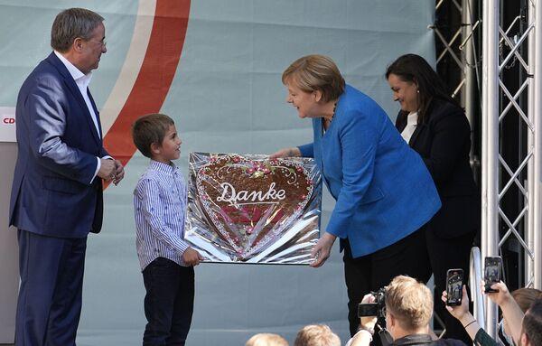Le elezioni segnano la fine di un'era per la Germania e l'alleanza europea poiché preludono all'uscita della Cancelliera Angela Merkel, che ha guidato il governo negli ultimi 16 anni. - Sputnik Italia