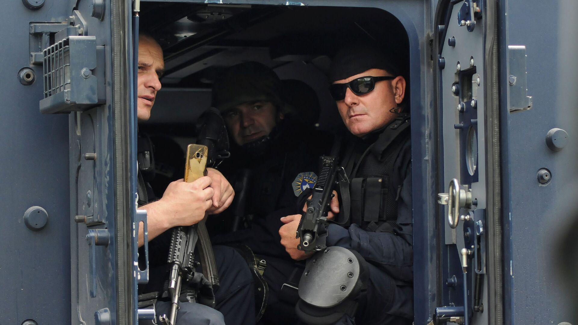 Polizia del Kosovo - Sputnik Italia, 1920, 28.09.2021