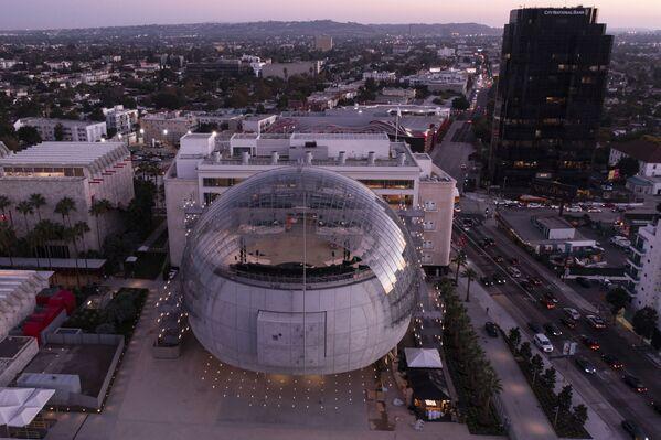 Apre oggi, 30 settembre, a Los Angeles, l'Academy Museum, il nuovo Museo del Cinema progettato da Renzo Piano. - Sputnik Italia