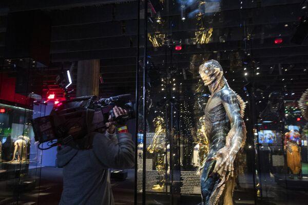 """Ben 28mila mq, nei quali i visitatori incontreranno passato e futuro e """"sperimenteranno la magia del cinema e il processo creativo e collaborativo del cinema attraverso l'obiettivo di chi lo fa"""". - Sputnik Italia"""