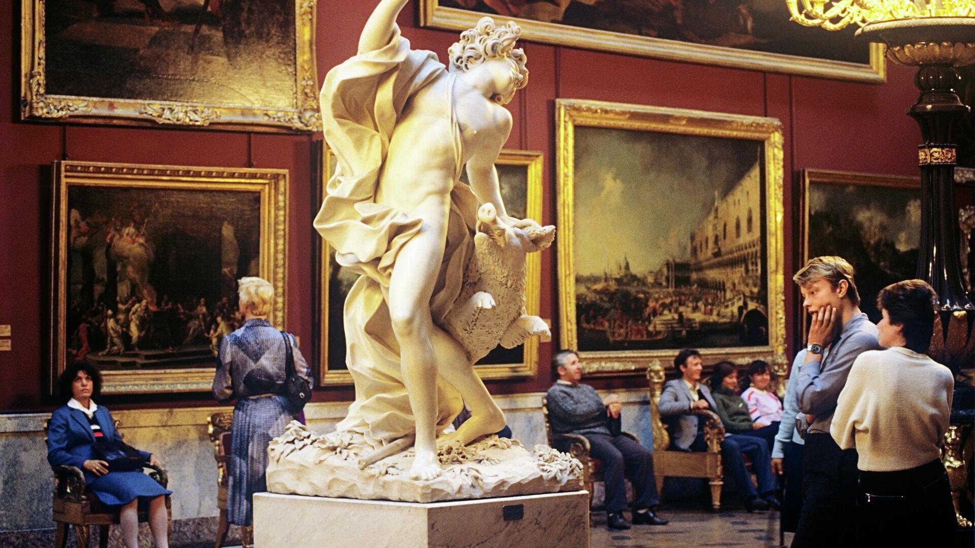 La sala dedicata all'arte italiana al museo Ermitazh di San Pietroburgo - Sputnik Italia, 1920, 30.09.2021
