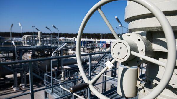 Береговые объекты на территории газораспределительного центра магистрального газопровода Северный поток-2 в городе Любмин в Германии - Sputnik Italia