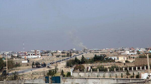 Дым над городом Кундуз, Афганистан - Sputnik Italia