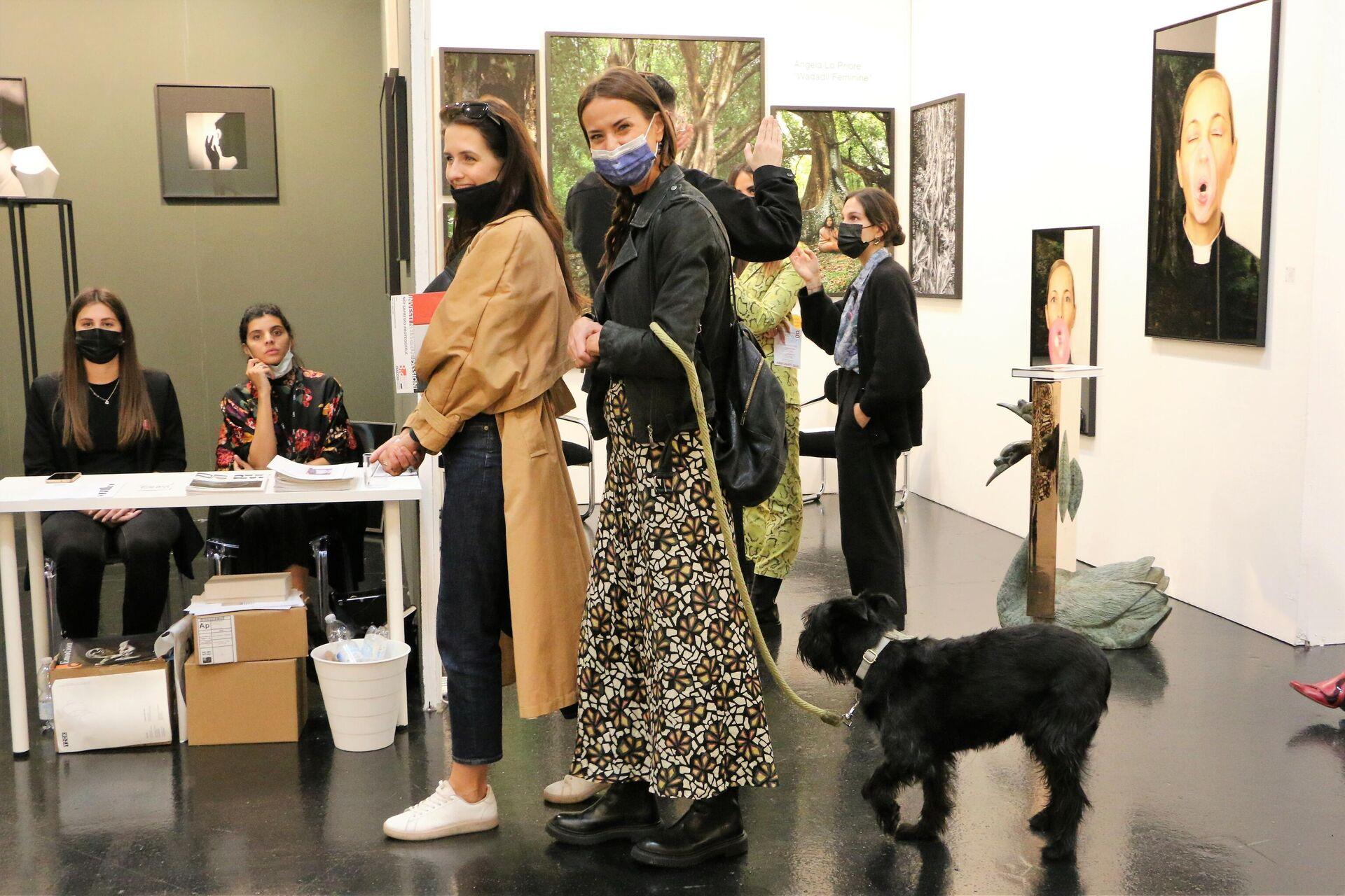 Visitatori della decima edizione di MIA Fair, la fiera italiana dedicata alla fotografia - Sputnik Italia, 1920, 09.10.2021