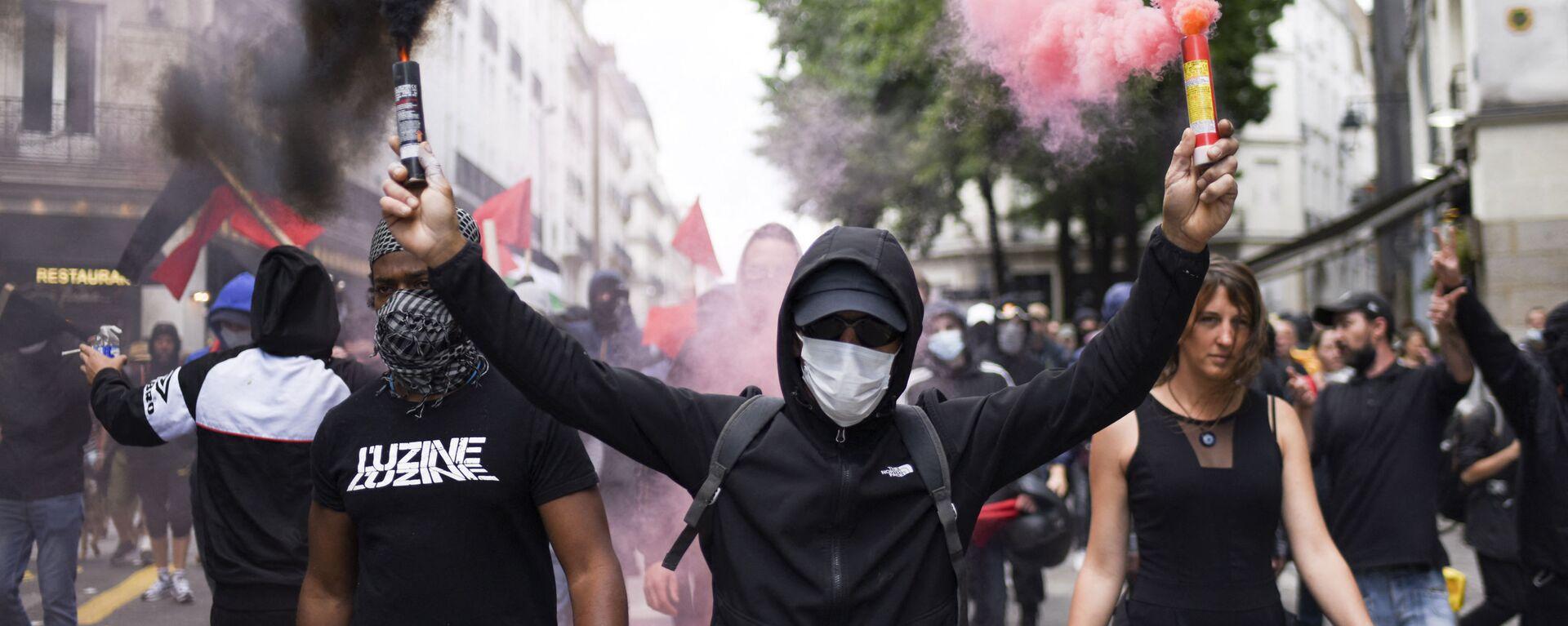 Manifestazioni No Green Pass in Francia - Sputnik Italia, 1920, 09.10.2021