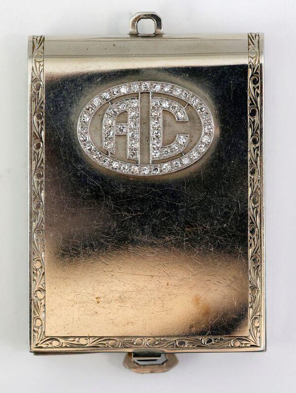Astuccio per fiammiferi in oro bianco con diamanti che apparteneva ad Al Capone. - Sputnik Italia