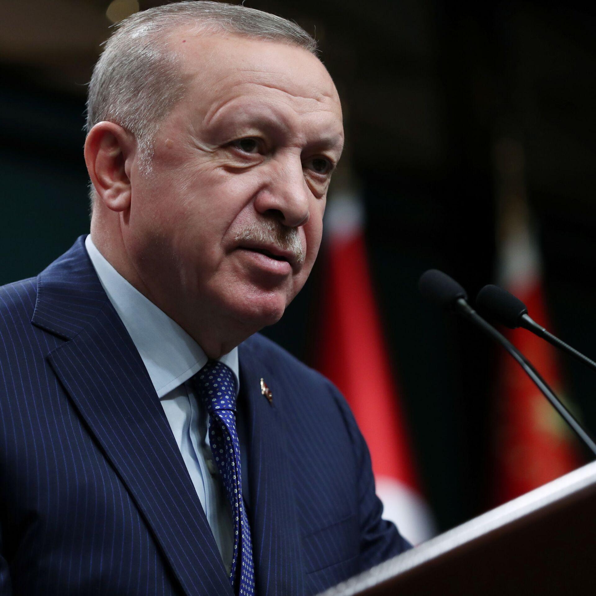 Erdogan tuona contro i terroristi in Siria e promette ritorsioni:
