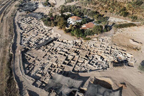 I ricercatori dell'Autorità nazionale per l'archeologia credono che si tratti del complesso proto-industriale che produceva ed esportava il cosiddetto Vino di Gaza, ben noto presso le popolazioni dell'Asia Minore. - Sputnik Italia