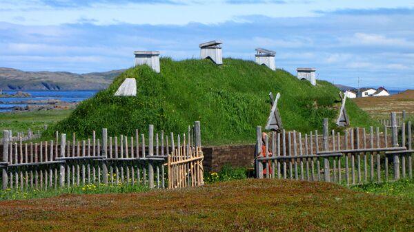 Реконструкция поселения викингов Л'Анс-о-Медоуз в Канаде - Sputnik Italia