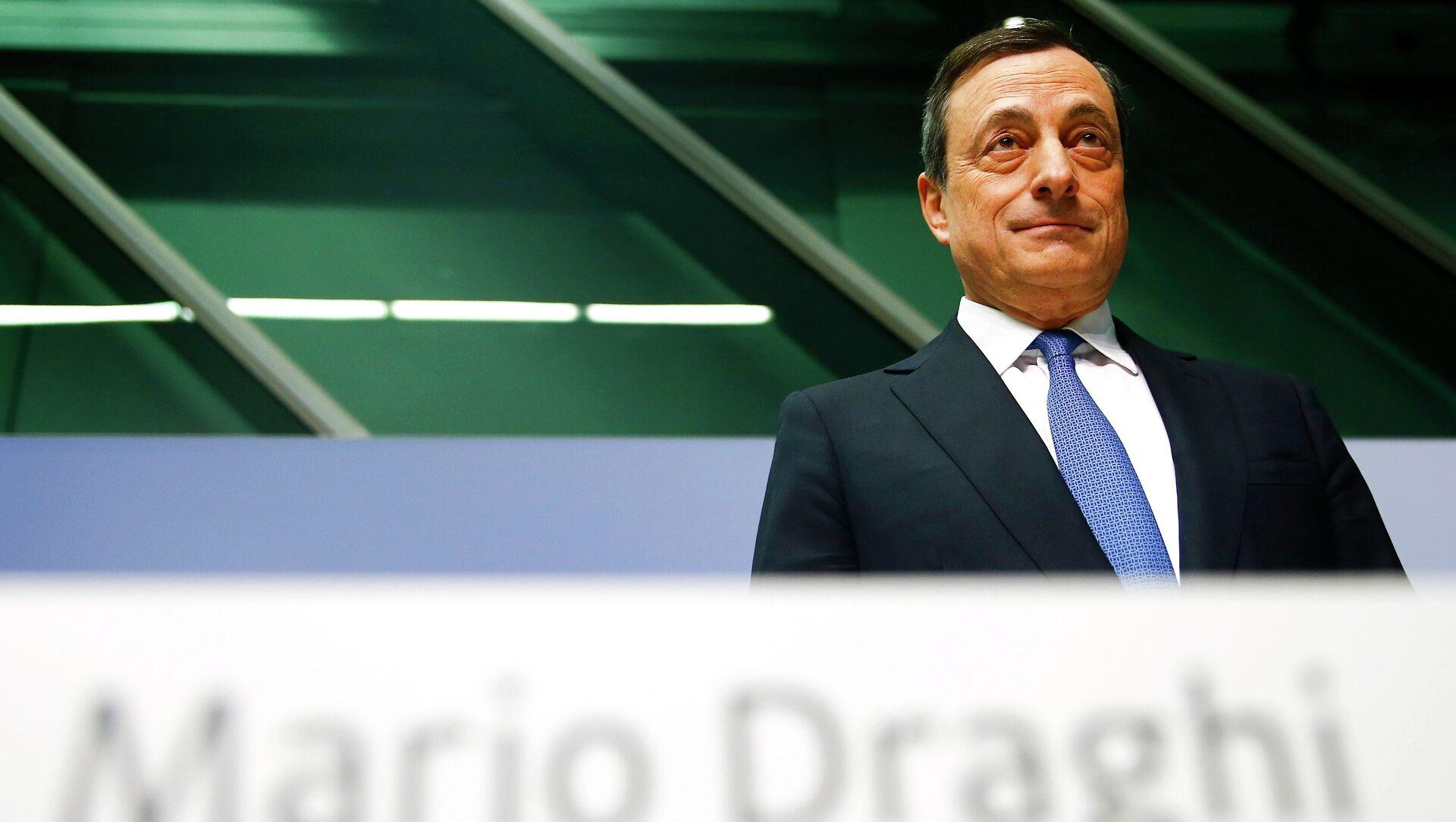 Presidente Mario Draghi alla conferenza di ECB a Francoforte. Il 22 gennaio 2015 - Sputnik Italia, 1920, 04.02.2021