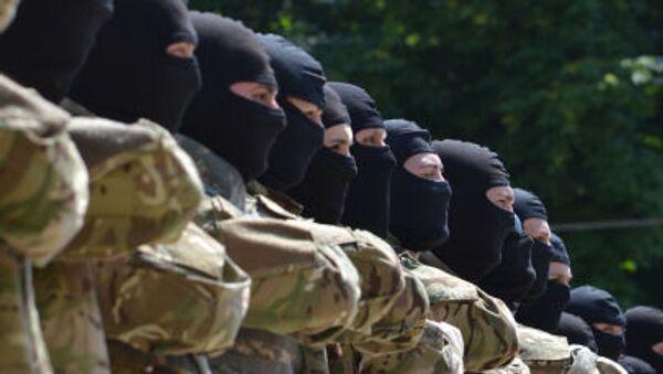 """Il bataglione Azov""""  partecipa ai combattimenti nell'Est dell'Ucraina - Sputnik Italia"""