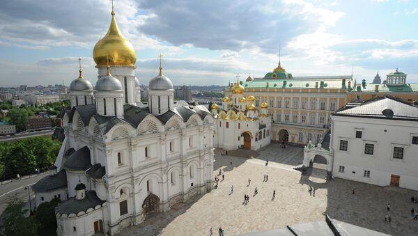 La cattedrale dell'Arcangelo nel Cremlino di Mosca - Sputnik Italia