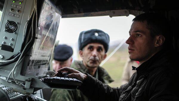 An operator of an electronic warfare unit - Sputnik Italia