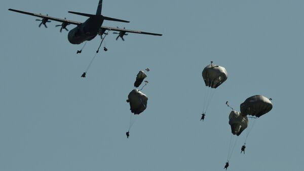 I paracadutosti di Swift Response - Sputnik Italia