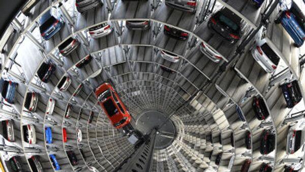 Allo stabilimento di Volkswagen - Sputnik Italia
