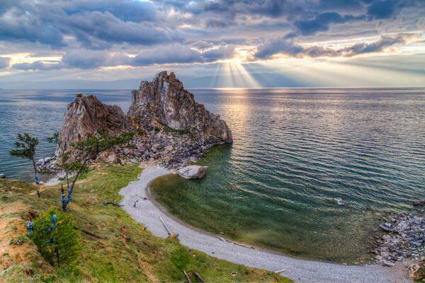 La vista sul lago Bajjkal. - Sputnik Italia