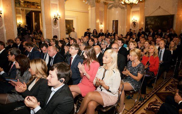 Sala piena e grande interesse per il seminario Dopo EXPO-2015, nuove forme di collaborazione tra Italia e Russia nel settore agroalimentare - Sputnik Italia