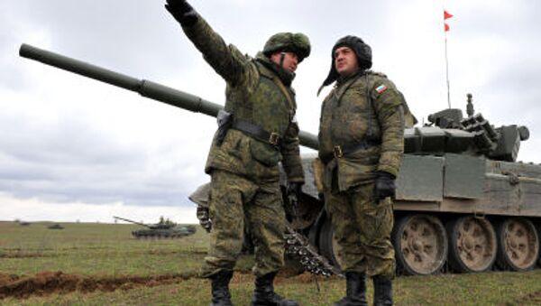 I militari russi durante le esercitazioni al confine con Cecenia (foto d`archivio) - Sputnik Italia
