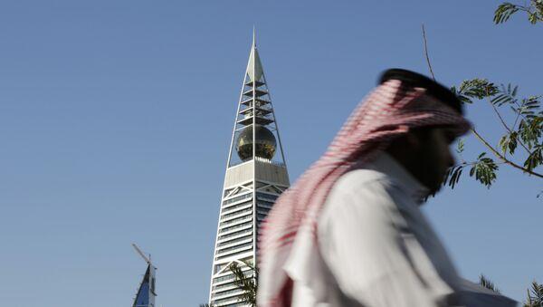 Torre al-Faisaliya a Riyadh, Arabia Saudita - Sputnik Italia