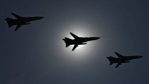 Caccia russi Su-24 - Sputnik Italia