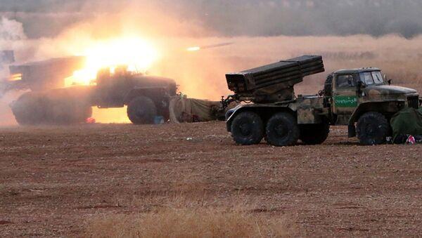 L'esercito siriano ha iniziato l'attacco via terra contro l'ISIS - Sputnik Italia