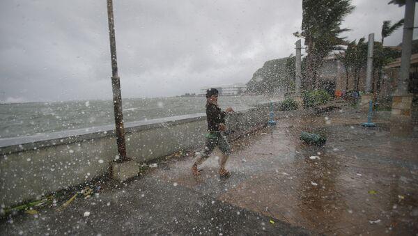 Tifone in Filippine in 2014 - Sputnik Italia