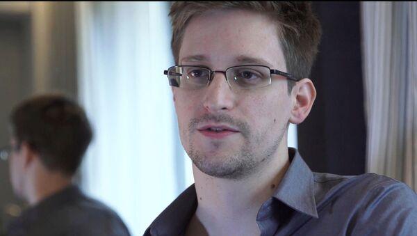 Edward Snowden - Sputnik Italia