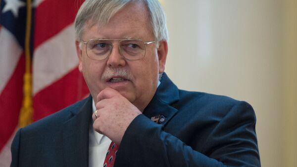 John Tefft, ambasciatore USA in Russia - Sputnik Italia