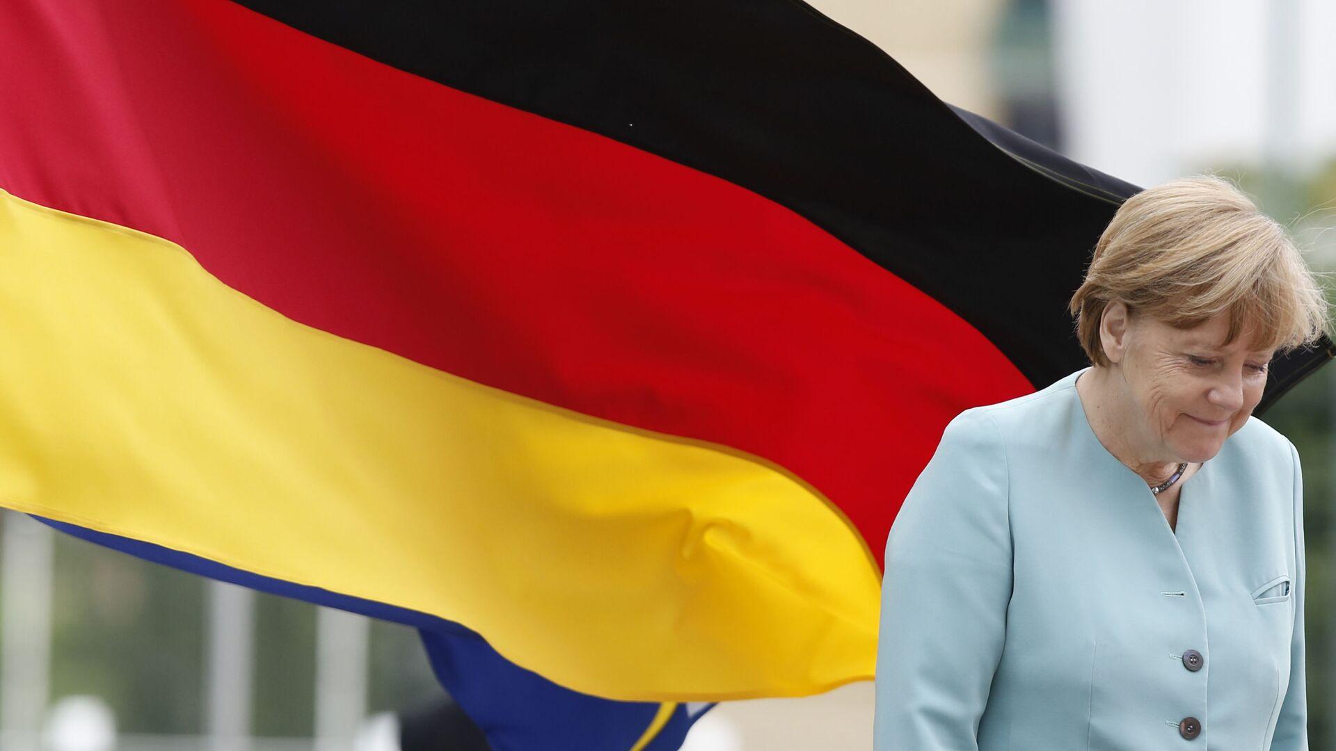 Канцлер Германии Ангела Меркель в Боснии  - Sputnik Italia, 1920, 27.08.2021