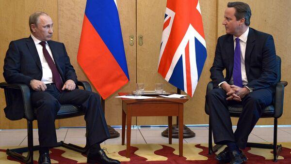 Vladimir Putin e David Cameron - Sputnik Italia